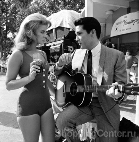 Стиль 60-х годов. Модная одежда в стиле 60-х. Фото