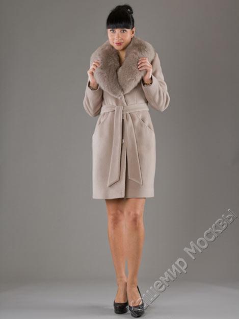 Женское пальто 2012, зимнее пальто с воротником из меха, фото.