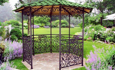 Кованый декор для дачи и сада: беседки, качели, мостики