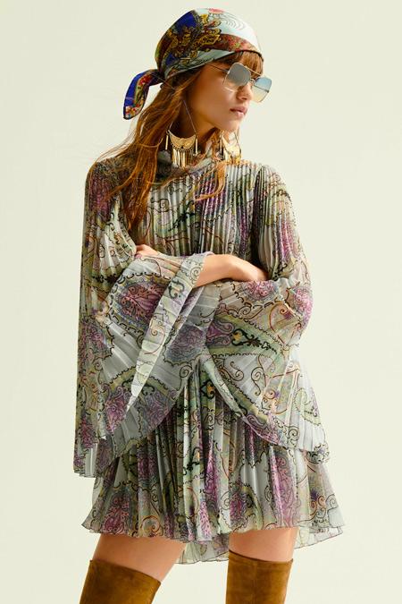Платье в стиле 70-х из коллекции Etro