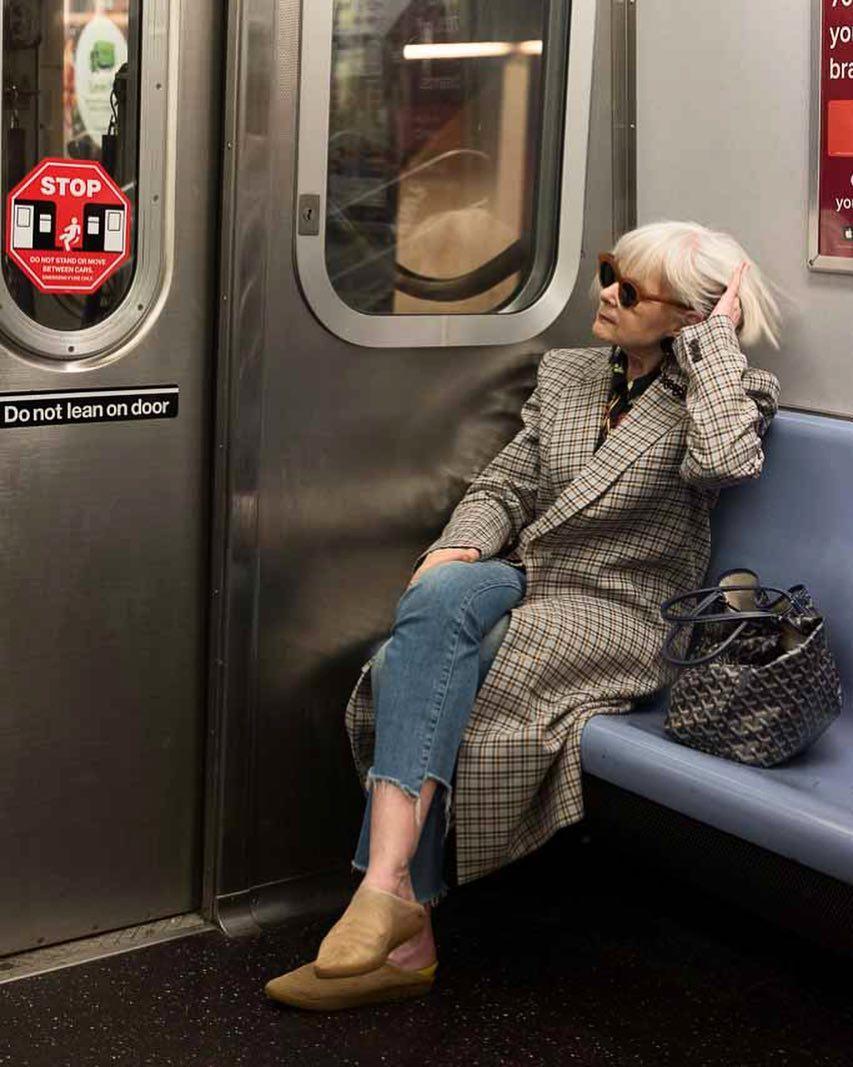 Фото, как одеваться женщинам за 50