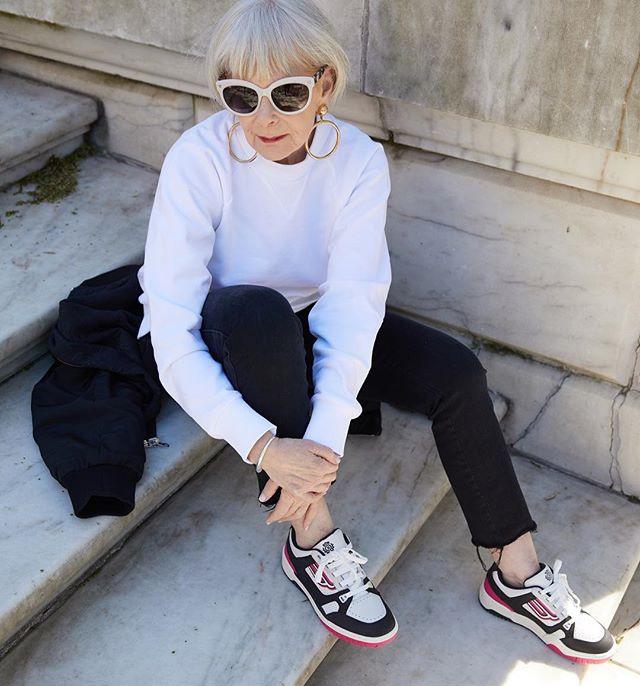 Мода для женщин за 50. На фото Лин Слэйтер