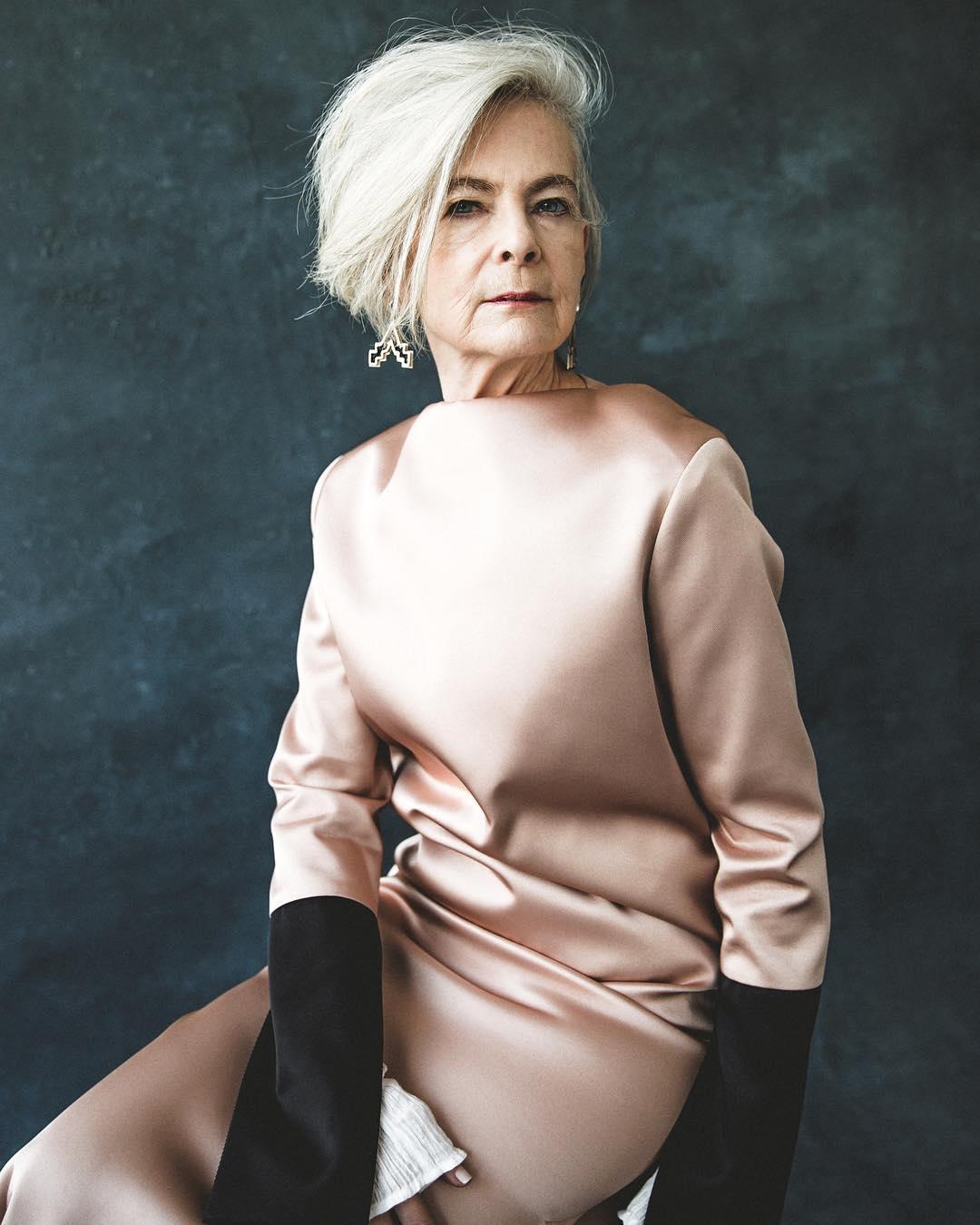 Фото, как одеваться за 60. Лин Слэйтер