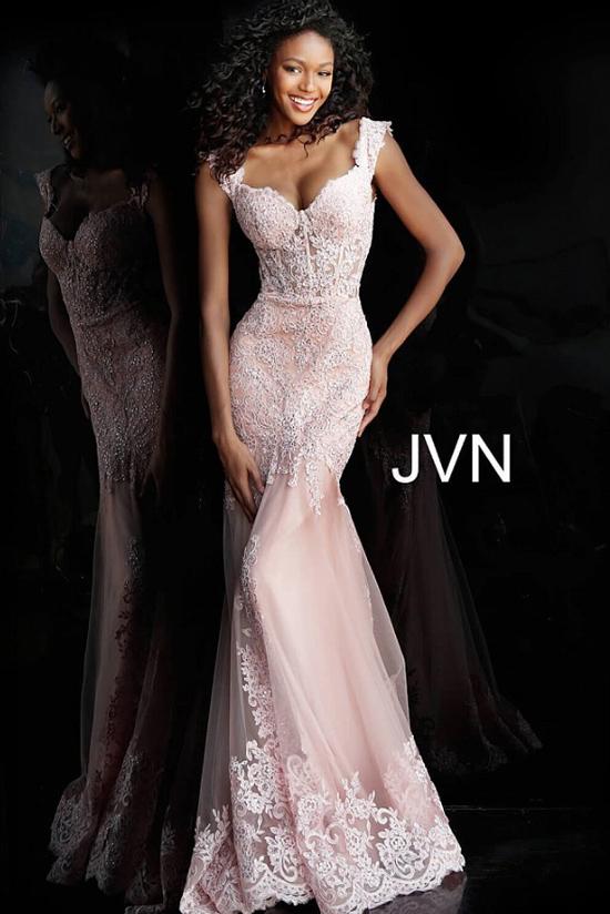 Вечернее кружевное платье Jovani