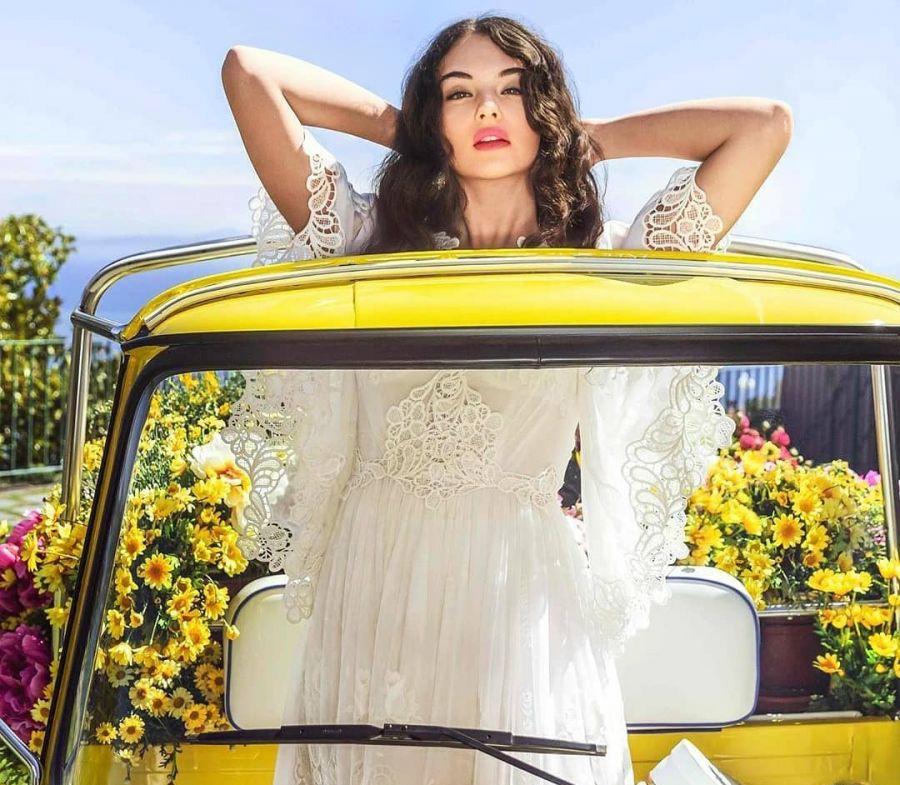 Дева Кассель для кампании Dolce & Gabbana