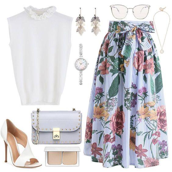 Цветная юбка и белый верх