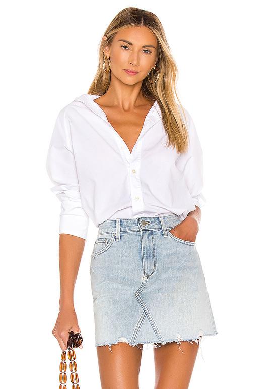 Рубашка с джинсовой юбкой