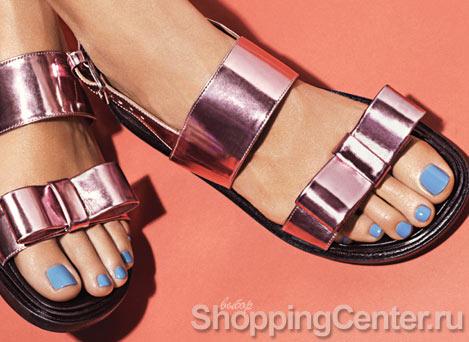 Сочетание цвета лака и обуви