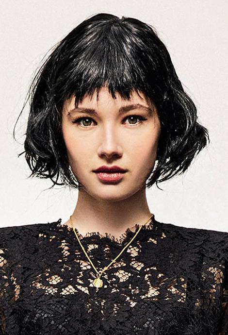 Модная прическа на средние волосы, фото Dolce & Gabbana