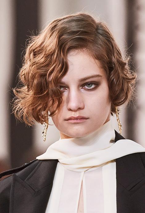 Модная стрижка, фото Chloé