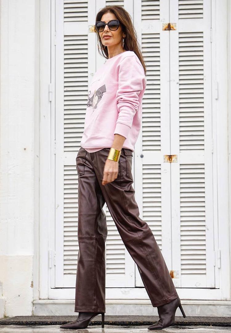 Кожаные брюки для женщин за 40